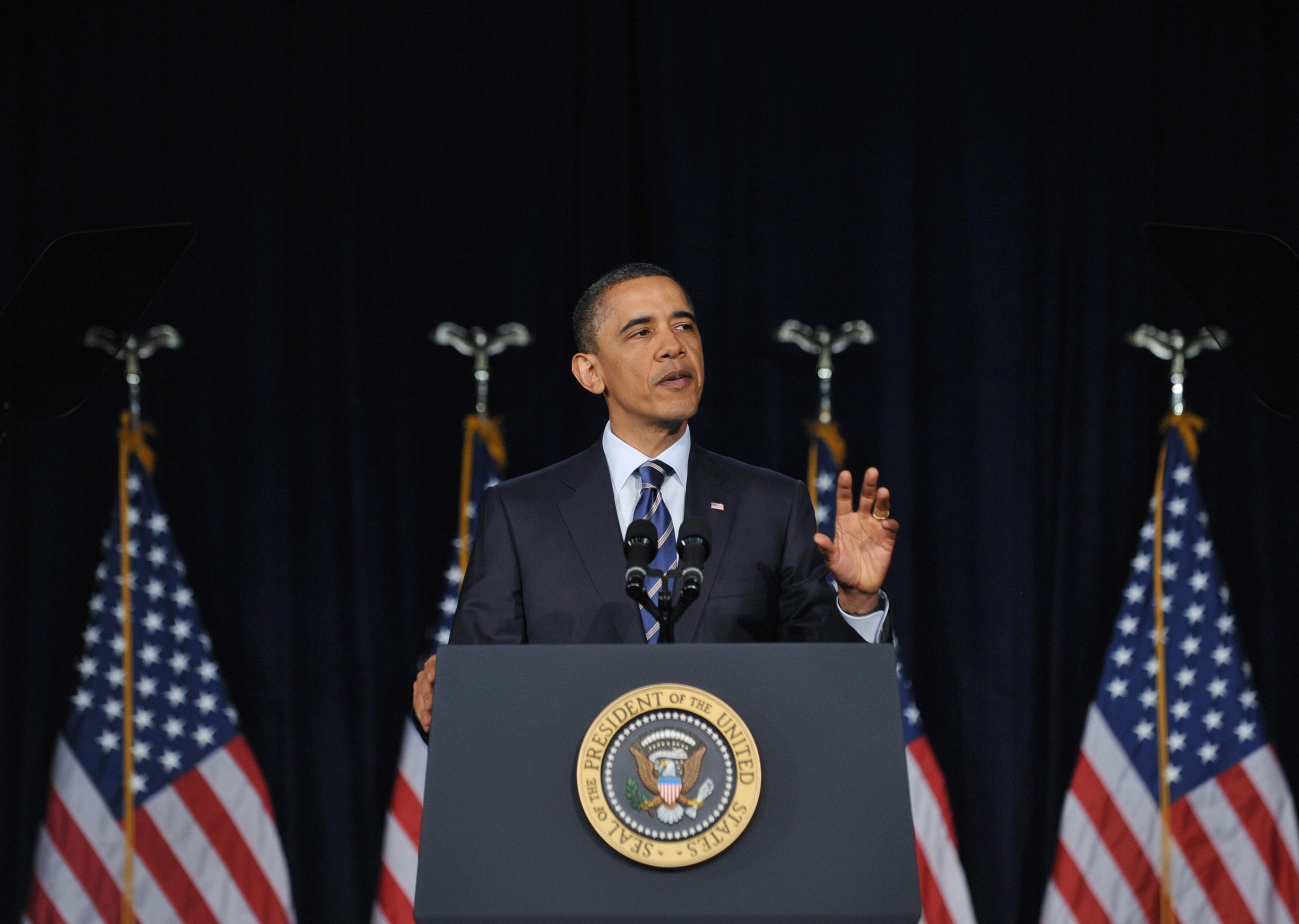 With Debt Plan, Obama Portrays Himself as Reasonable, Courageous