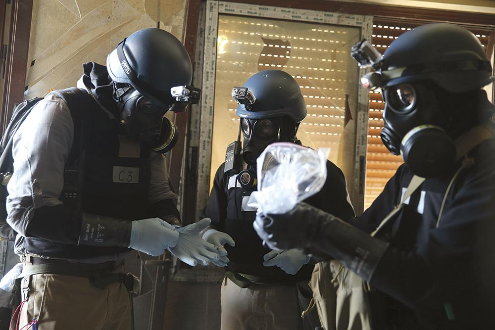 Syria Can't Be Trusted to Give Up Chemical Weapons, Security Insiders Say