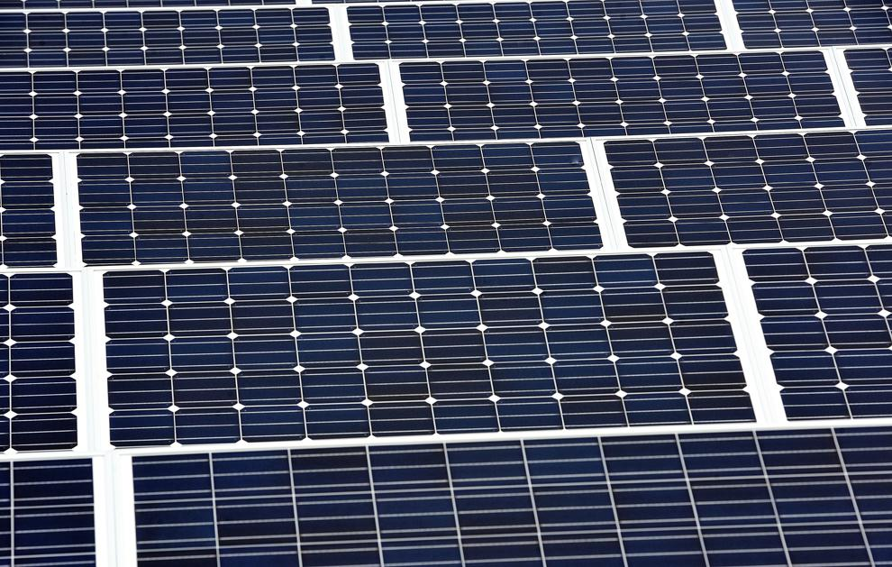 As Sun Shines on Solar Industry, Power Companies Fret
