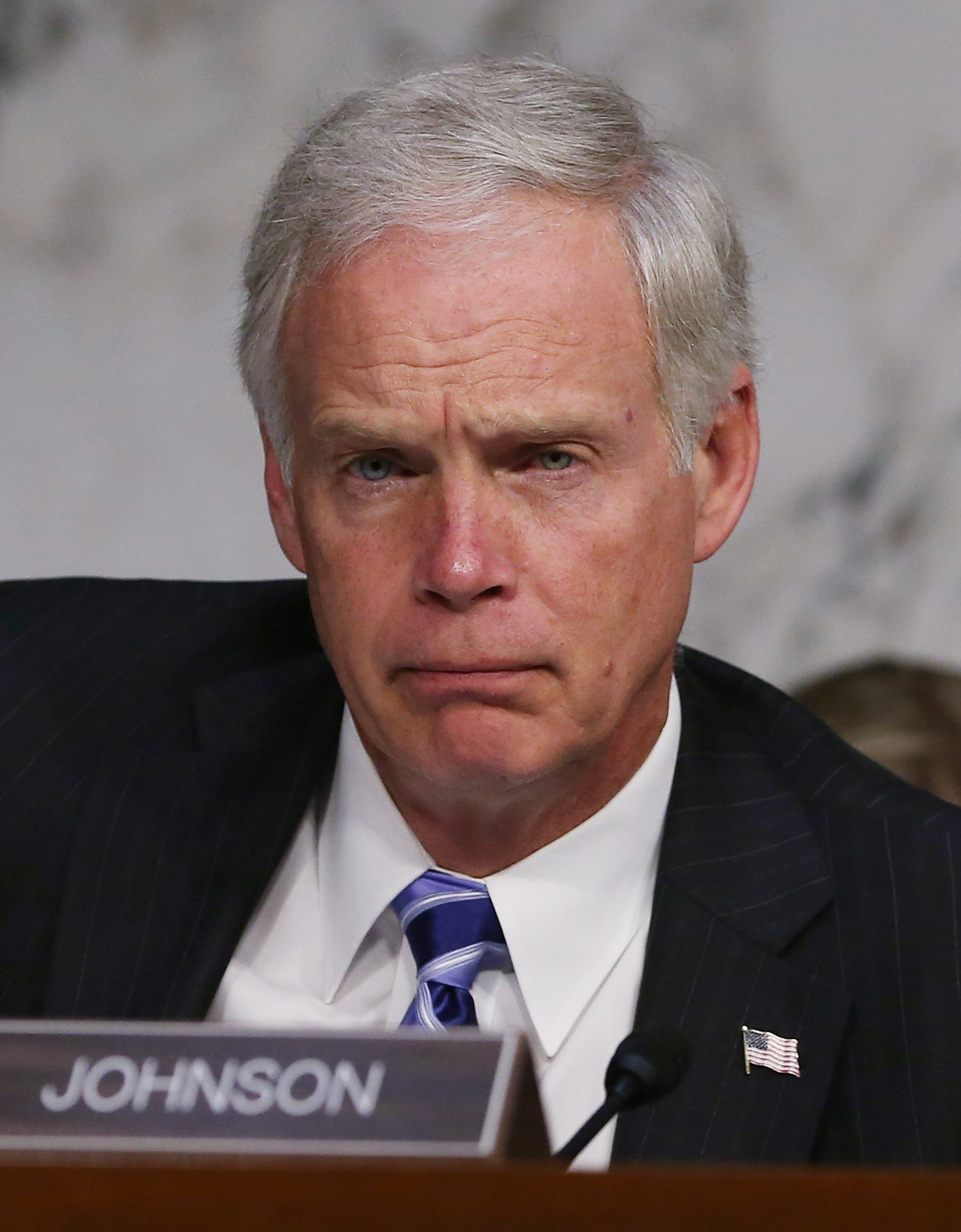 ron johnson As she began her tenure as ceo she basically said hp won't make  don't get  too confident ron johnson and his leadership team at jc penney were very  confident after a successful stint at apple, johnson believed he knew the  his  successor will bring back jcpenney because he will have the.