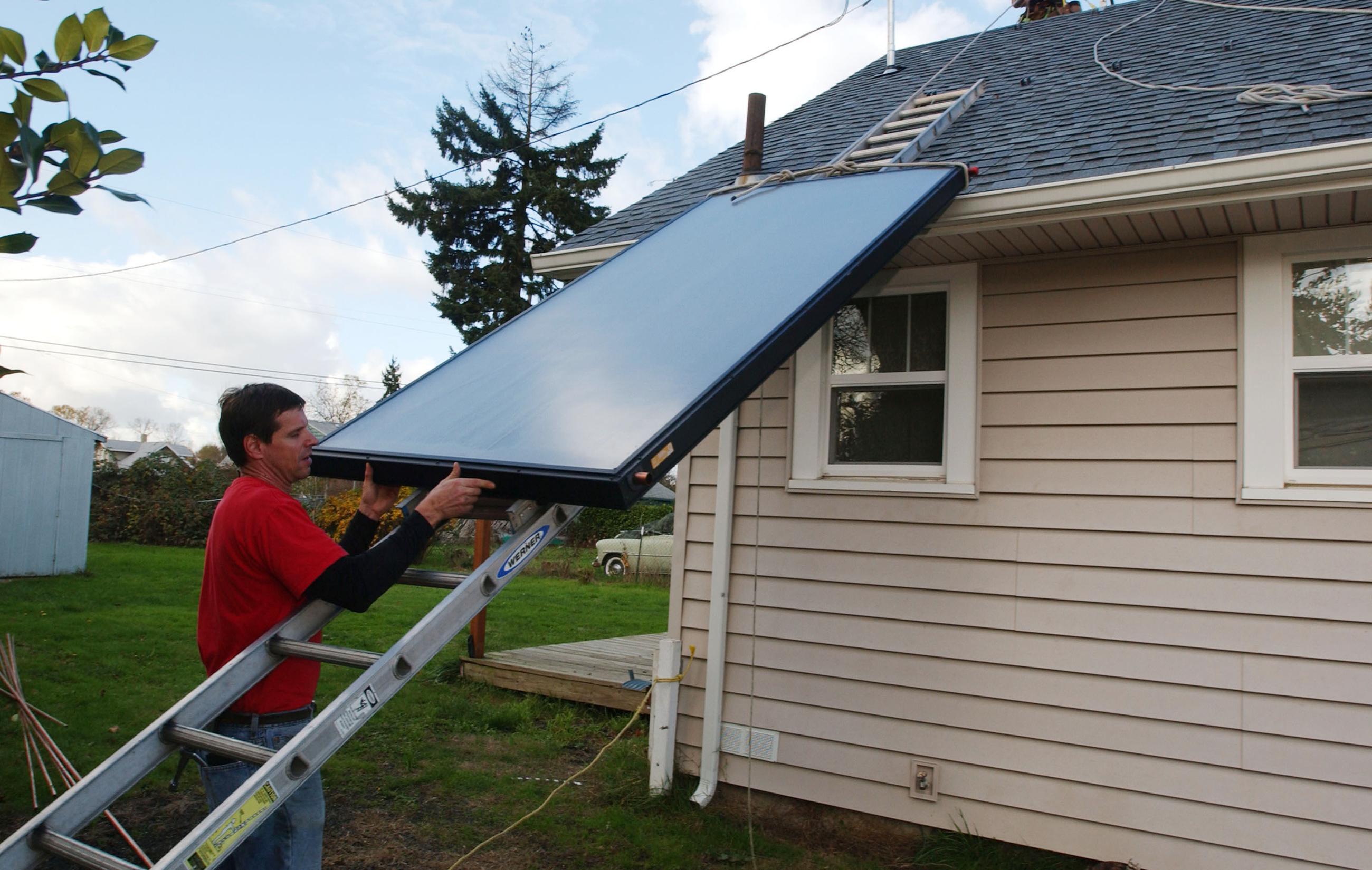 Solar Industry, Utilities Seek Common Ground
