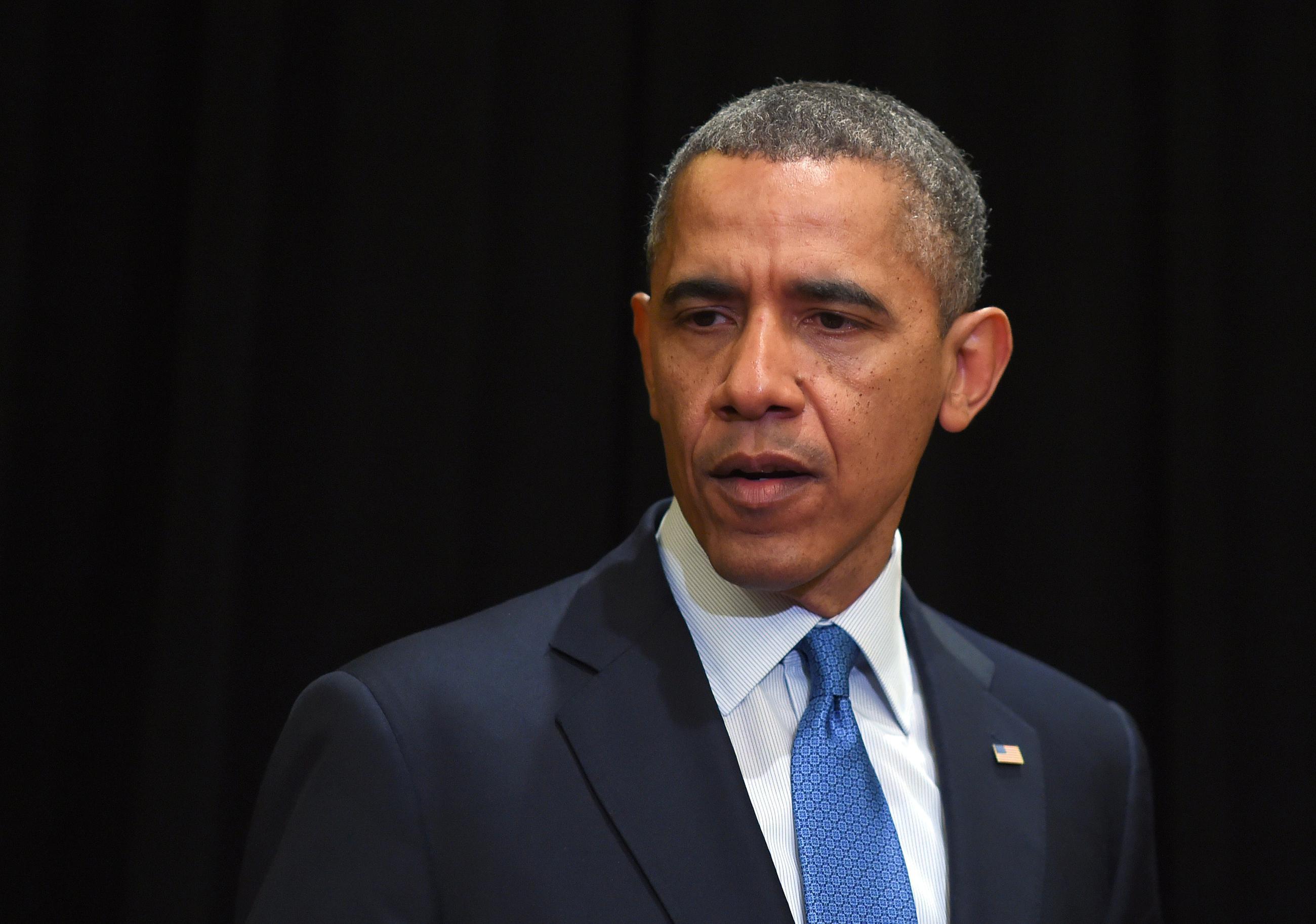 Poll Shows Problems for Obama, Peril for Senate Democrats