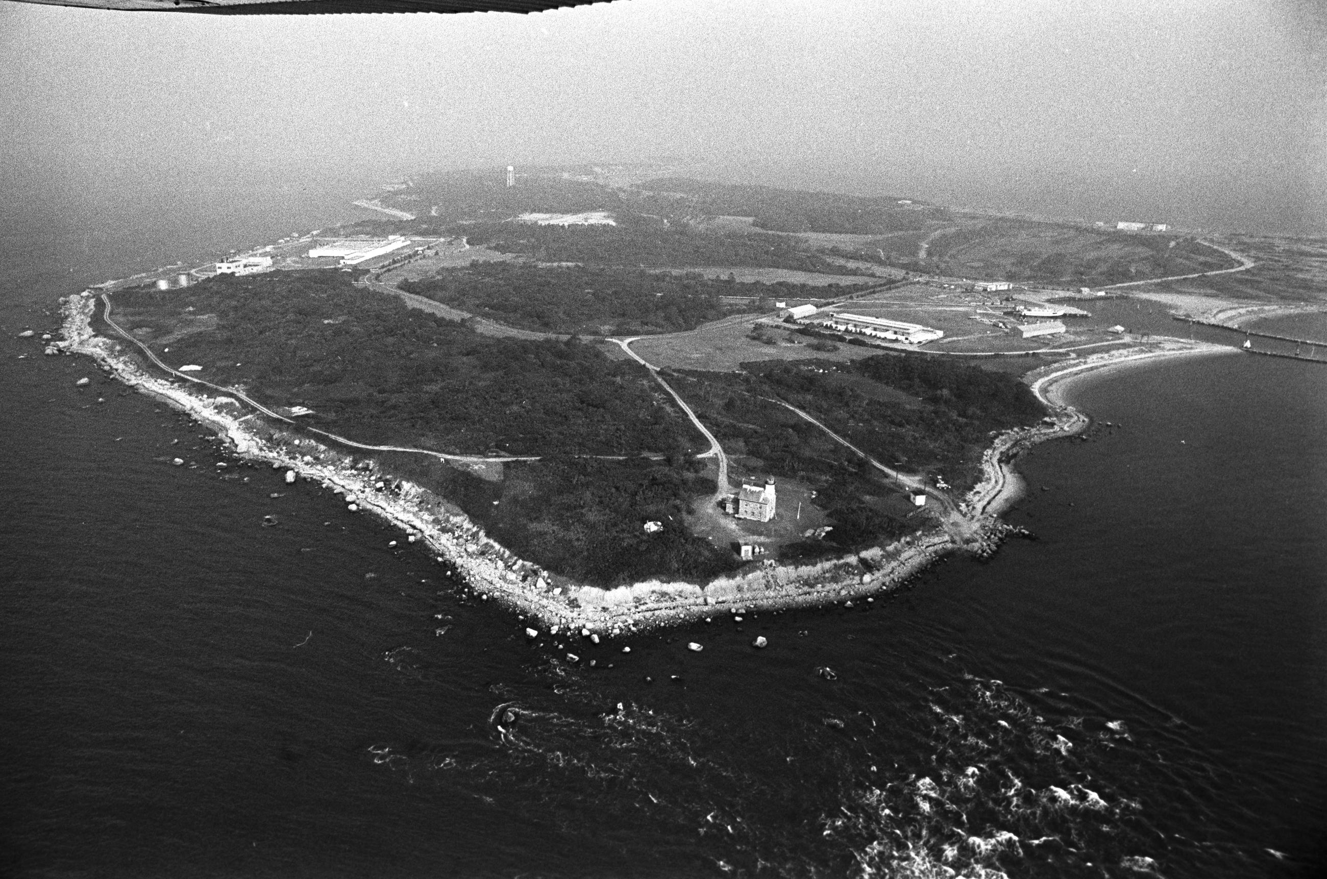 Mysterious island of Plum