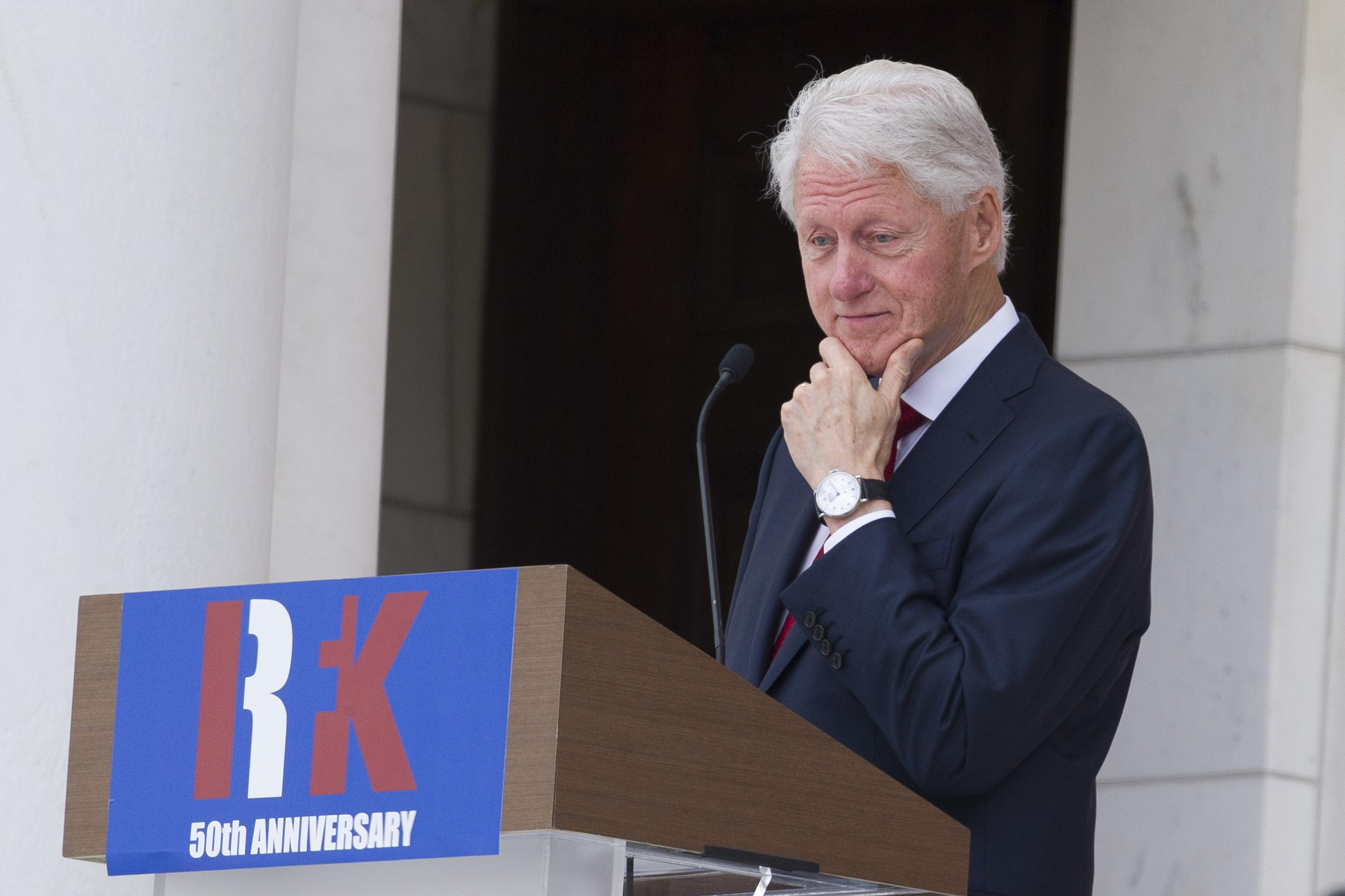 Former President Clinton Speaks During The Celebration Of Life Robert F Kennedy At Arlington National Cemetery On Wednesday AP Photo Cliff Owen
