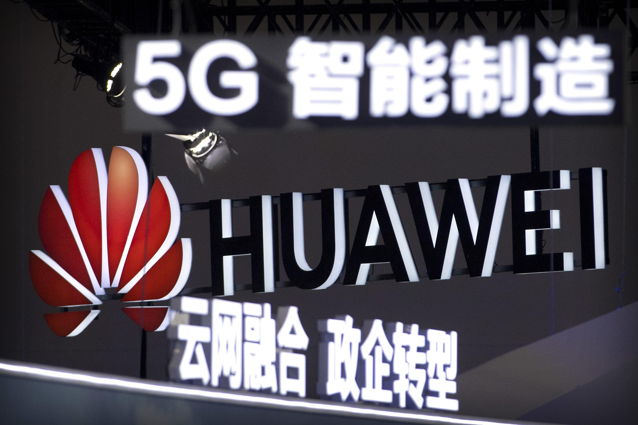 Unraveling U S -China Ties May Slow 5G Deployment