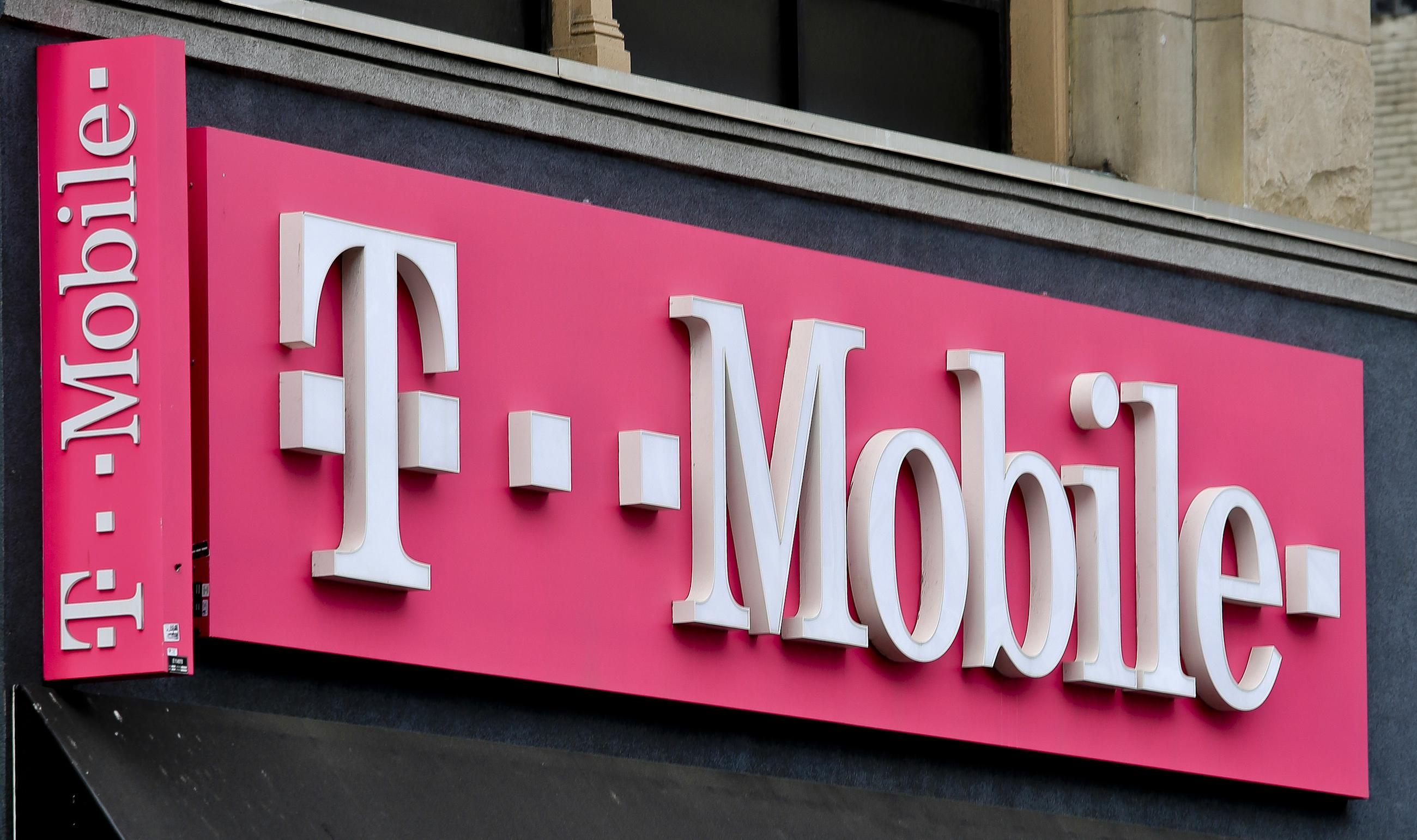 T-Mobile Picks Off State Opponents of Sprint Merger